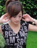 台湾美女大学生街头自拍
