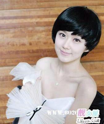 女性中短发发型图片2