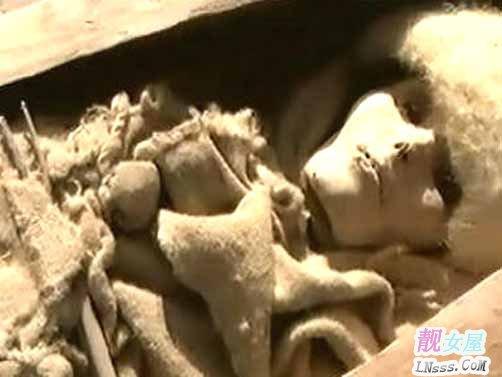 考古发现美女古尸2