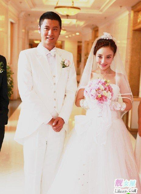 李小璐结婚照1