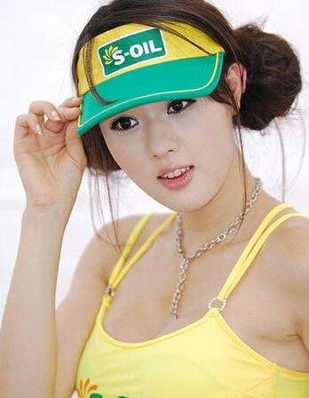 韩国第一车模黄美姬整容前1
